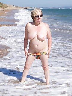 Granny Beach Nudists Pics